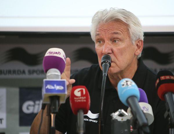 Conférence de Presse du sélectionneur national Henri Kasperczak. (Photo FTF)