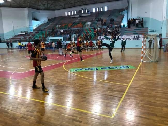 Africa Handball Clubs Championship: Esperance - Phoenix at quarter-final. (est.org.tn photo)
