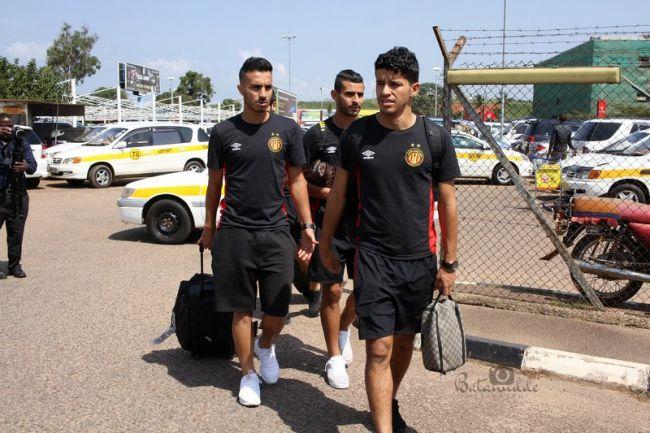 Les joueurs de l'Espérance de Tunis sont arrivés à Kampala. (Photo @BatanuddeJohn)