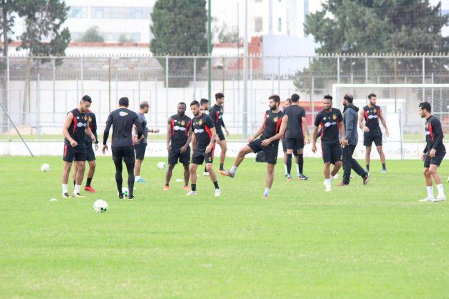 فريق أكابر كرة القدم يستأنف التمارين استعدادا لإياب نصف نهائي رابطة الأبطال الإفريقية. صورة | الموقع الرسمي للترجي الرياضي التونسي