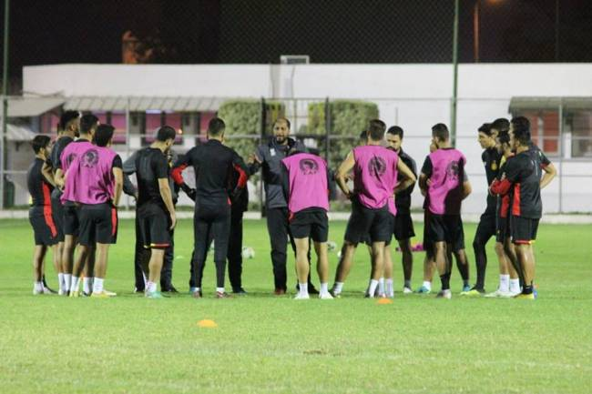 تواصل تدريبات أكابر كرة القدم استعدادا للإستحقاقات القادمة. صورة | الموقع الرسمي للترجي الرياضي التونسي