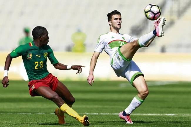 L'attaquant international algérien des U23, Tayeb Meziani, a officiellement rejoint l'Espérance de Tunis. (Photo @alain_4u_sport)