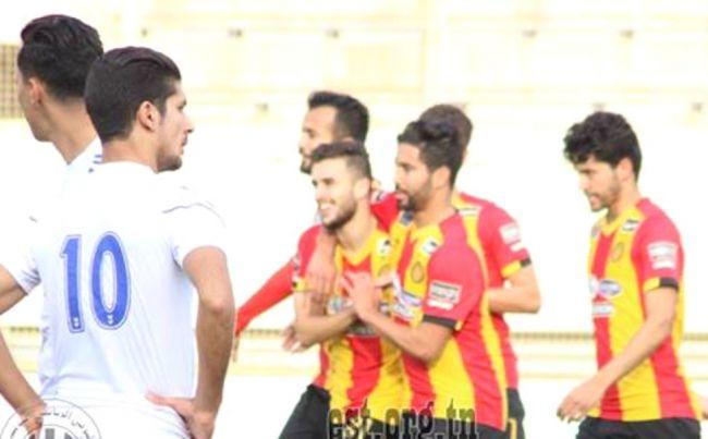 Tayeb Meziani buteur lors de la victoire de l'Espérance de Tunis face à l'ES Radesienne 5 à 2 en amical au stade Zouiten. (Photo est.org.tn)