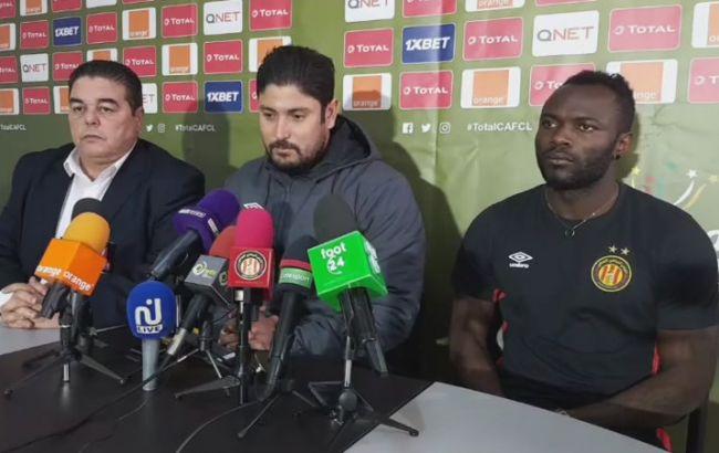 Conférence de presse du coach Majdi Traoui et Franck Kom avant le match face à Orlando Pirates. (Photo est.org.tn)
