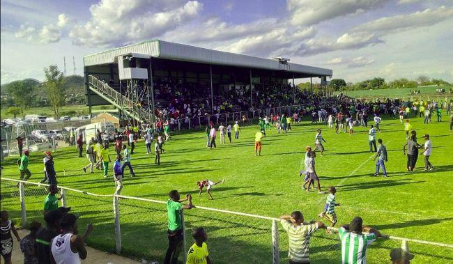 Le Mandava Stadium à Zvishavane n'accueillera finalement pas l'Espérance ! (Photo Google)