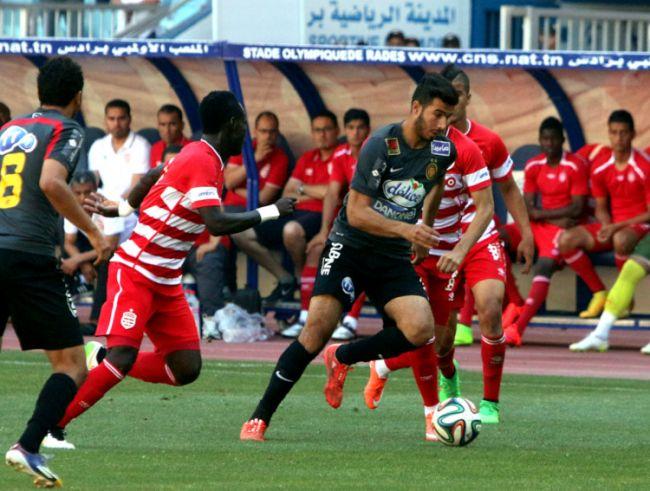 Haïthem Jouini, capitaine du jour, n'a pas su trouver la faille dans la défense clubiste. (Photo CHALA)