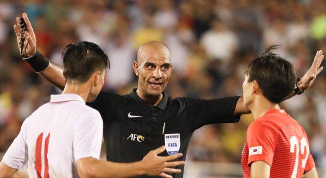 L'arbitre international syrien Masoud Tufayelieh désigné pour le match face à Nejmeh SC. (Photo Yan.vn)