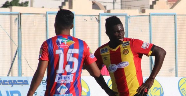Premier match officiel du ghanéen Kwame Bonsu avec l'Espérance, le 24 août 2019 face à l'US Tataouine. (Photo est.org.tn)