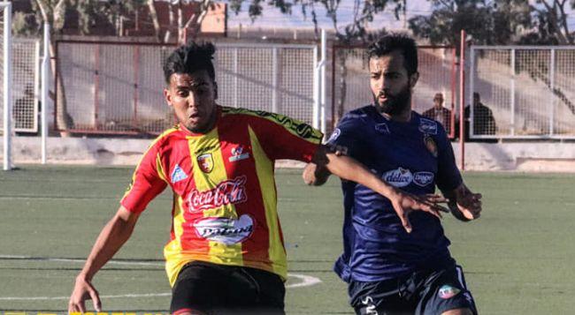 Taha Yassine Khenissi s'est vu refuser un but face à l'ES Métlaoui, le 24 décembre 2019 au stade de Mdhilla. (Photo est.org.tn)