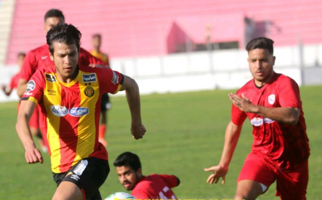 Maher Ben Seghaïer lors du test amical disputé face à l'AS Soukra au stade Zouiten. (Photo est.org.tn)