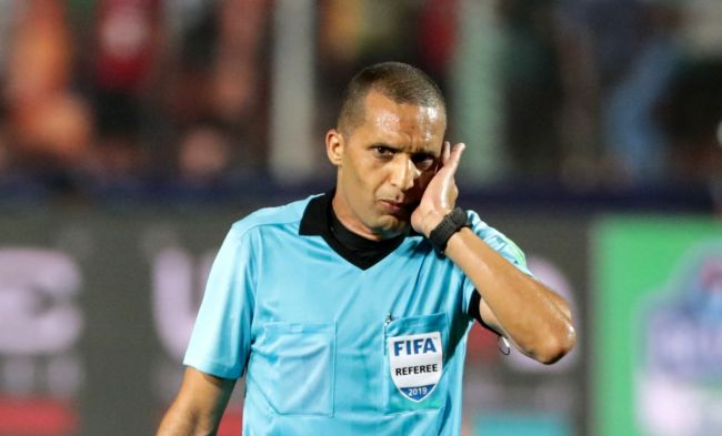 L'arbitre international marocain Redouane Jiyed désigné par la CAF pour le match face au Zamalek SC. Getty Images