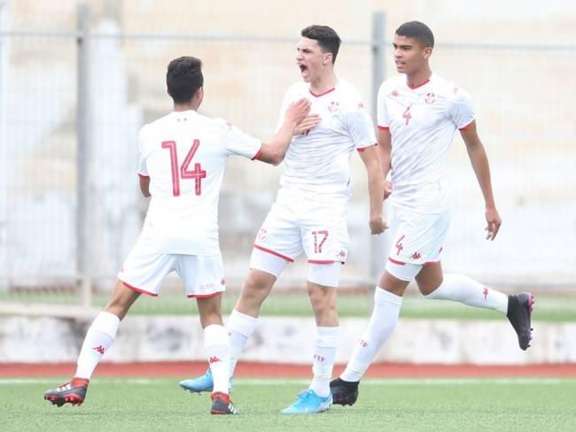 منتخب الأصاغر في تربص بمشاركة 25 لاعبا. صورة : الجامعة التونسية لكرة القدم