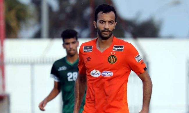 Taha Yassine Khenissi premier buteur sang et or face au CS Hammam-Lif en amical. (Photo est.org.tn)