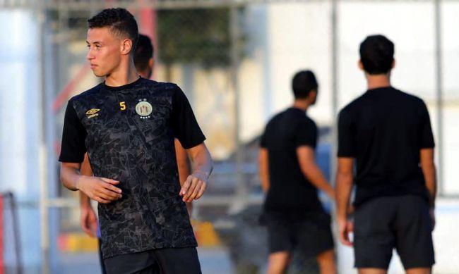 L'attaquant Zied Berrima lors de la séance d'entraînement d'hier au Parc Hassen Belkhodja. (Photo est.org.tn)
