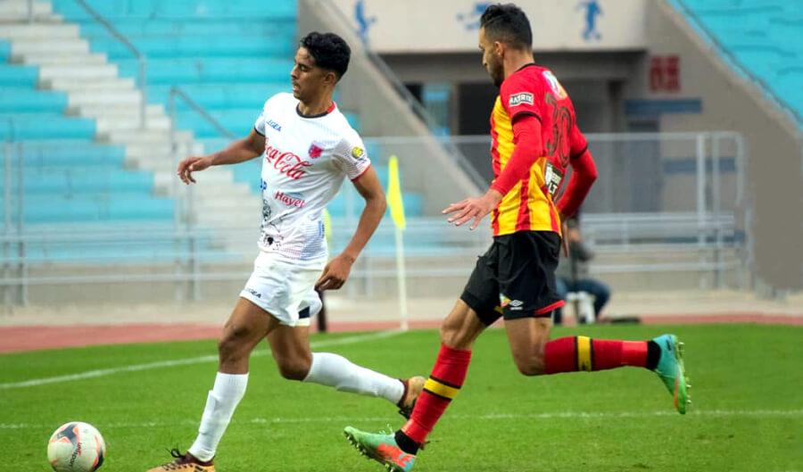 Victoire précieuse des coéquipiers de Abdelkader Bedrane face à l'US Tataouine 3-1. Bravo ! (Photo est.org.tn)