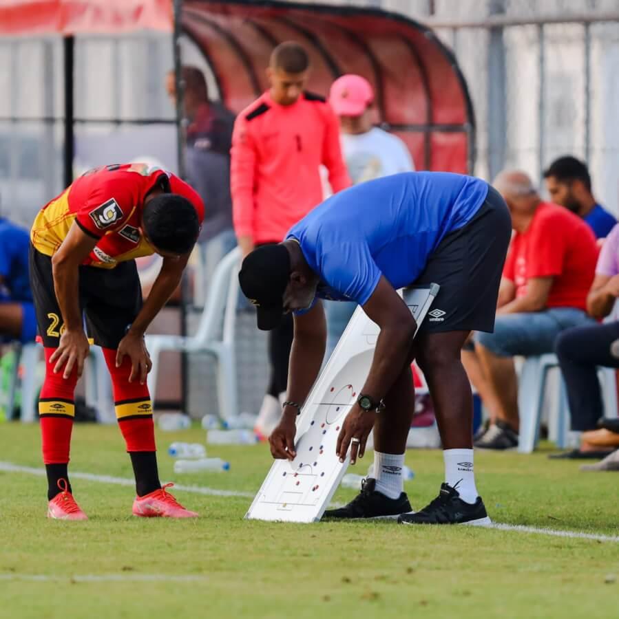 راضي الجعايدي أثناء المباراة الودية التي جمعت الترجي التونسي وجمعية سكرة.