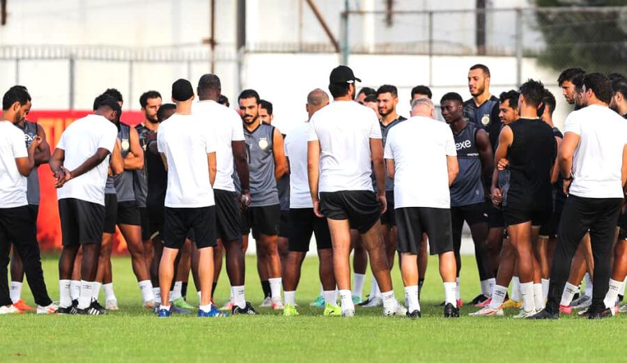 Les joueurs Sang et Or à l'entraînement au Parc B. (Photo est.org.tn)