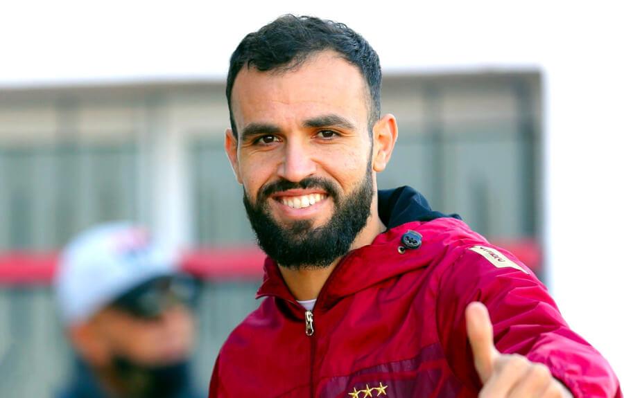 Hamdi Naguez quitte officiellement le club sang et or. Merci et bonne continuation ! (Photo est.org.tn)