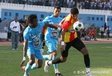 Oussama Darragi contre l'US Monastir, le 16 août 2009 au stade Ben Jannet. (Photo CHALA)