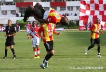 Eneramo fêtant son but inscrit à Béja, le 26 septembre 2010. (Photo CHALA)