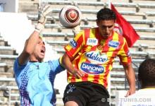 Aouadi et l'Espérance ne parviennent pas à gagner face au CA Bizertin de Ben Mustapha, le 27 mai 2012 à El Menzah. (Photo CHALA)